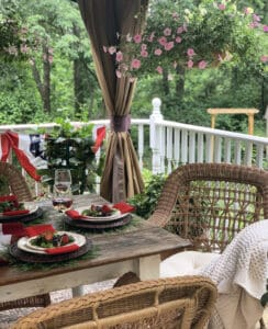 the Best Patriotic Tablescapes